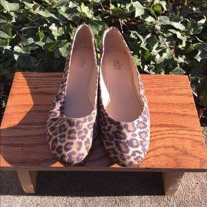 NEW Cathy by Cathy Jeans Leopard Flat Shoes